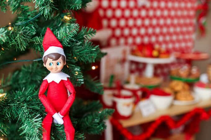 Elf on the Shelf ideas how to throw and elf  on the shelf goodbye party