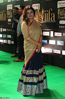 Sona in Saree at IIFA Utsavam Awards 010.JPG