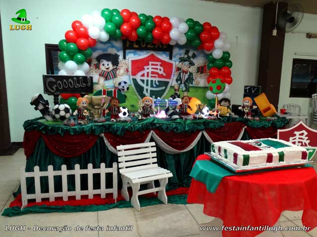 Mesa decorativa de aniversário tema Fluminense