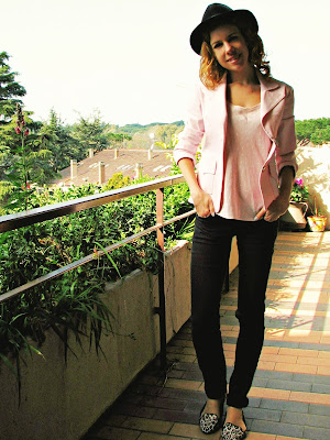http://s-fashion-avenue.blogspot.it/2016/04/ootd-shades-of-pink.html