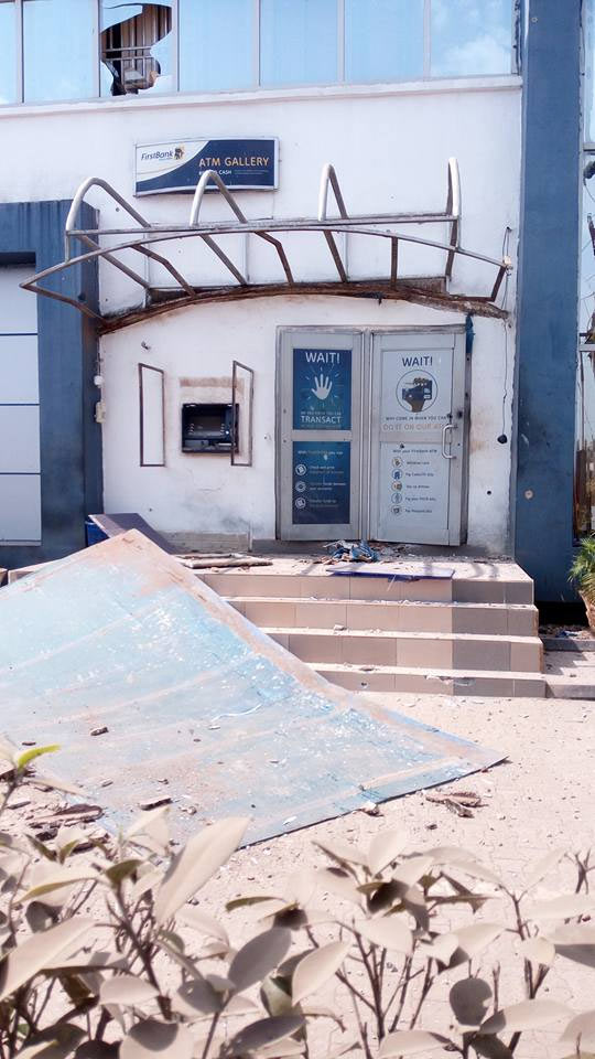 Photos: Armed robbers tear down First Bank in Owerri, cart away millions
