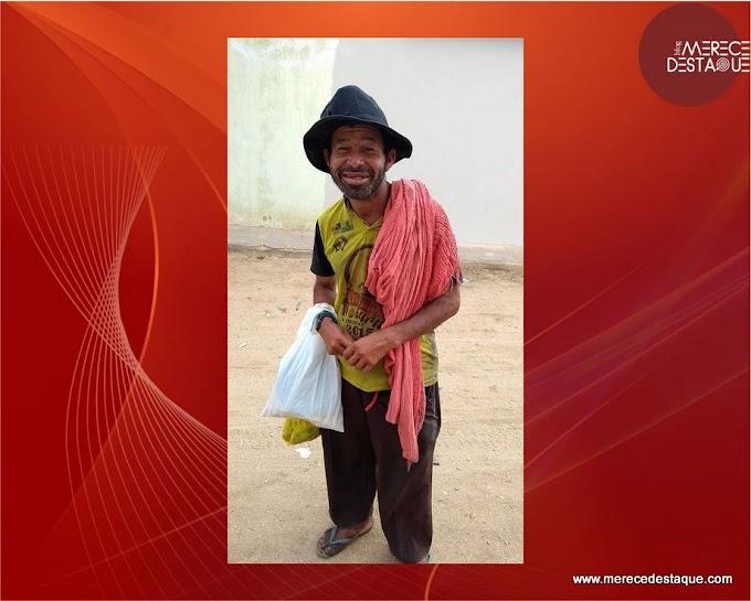 Homem está perdido na Vila de Poço Fundo, em Santa Cruz do Capibaribe