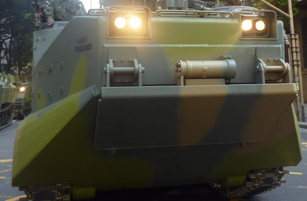 Blindado Militar - Atuação das Forças Armadas na Proteção do Meio Ambiente.