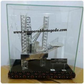 oil rig miniatures,oil rig ship, onshore rig miniatures,miniatur rig pertambangan minyak