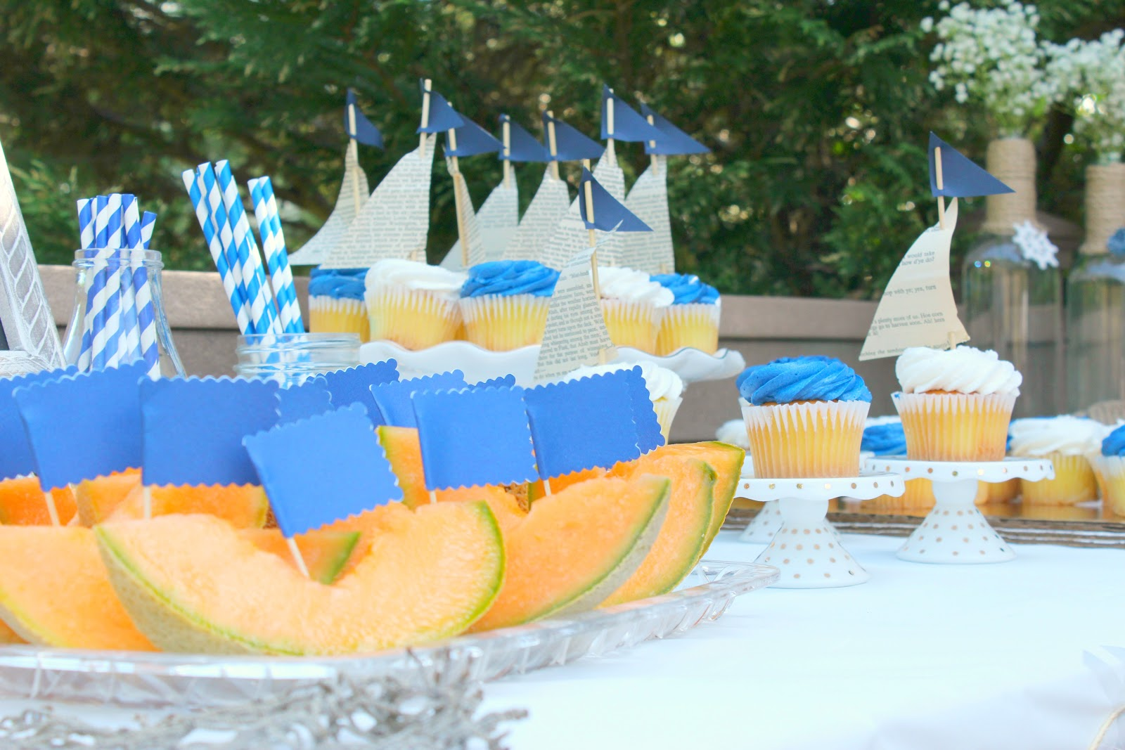 Beautifully candid nautical first birthday party for Anchor decoration party