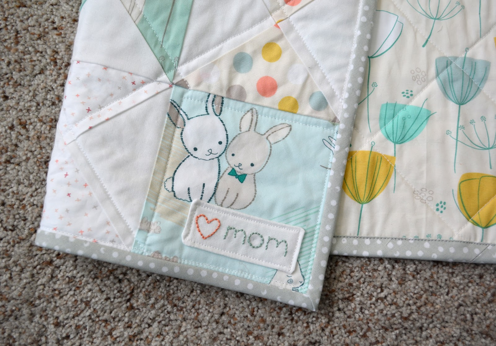 cozy birdhouse | hourglass quilt love note