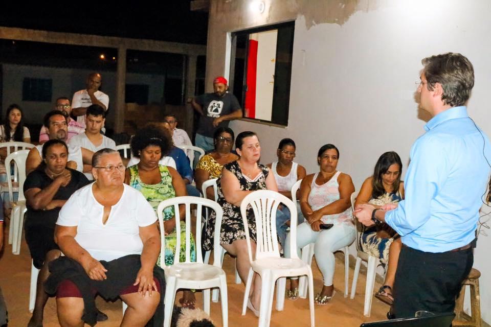 Dr  Lucas da Santa Mônica ministra palestra no setor Mansões