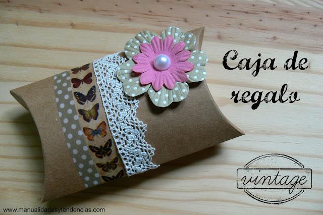 Caja de regalo decorada con estilo vintage