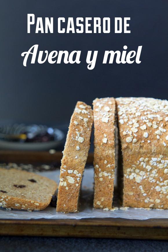 Pan casero de avena y miel