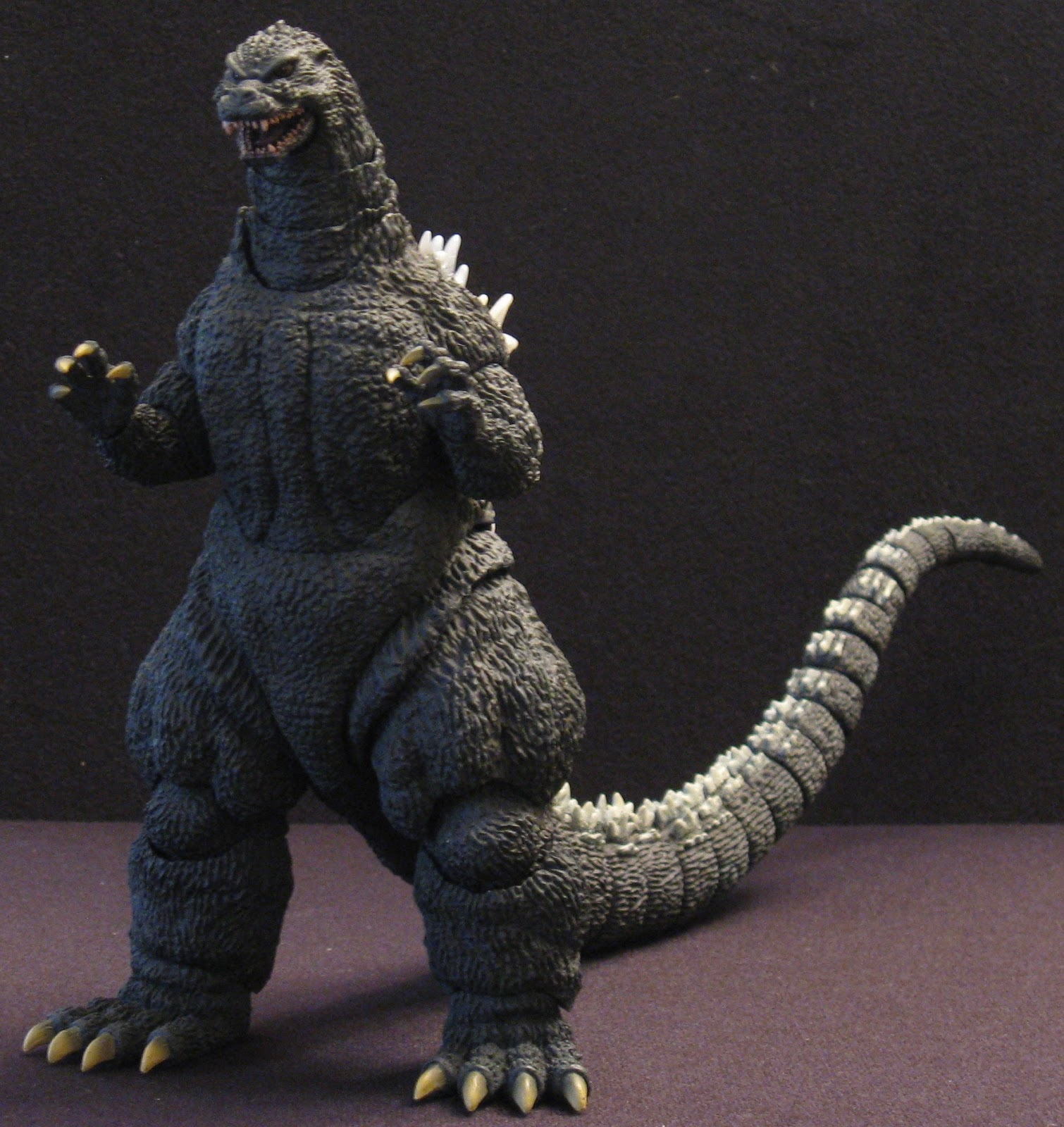 The Toyseum: GODZILLA 1989 - S.H. MonsterArts Kou Kyou ...