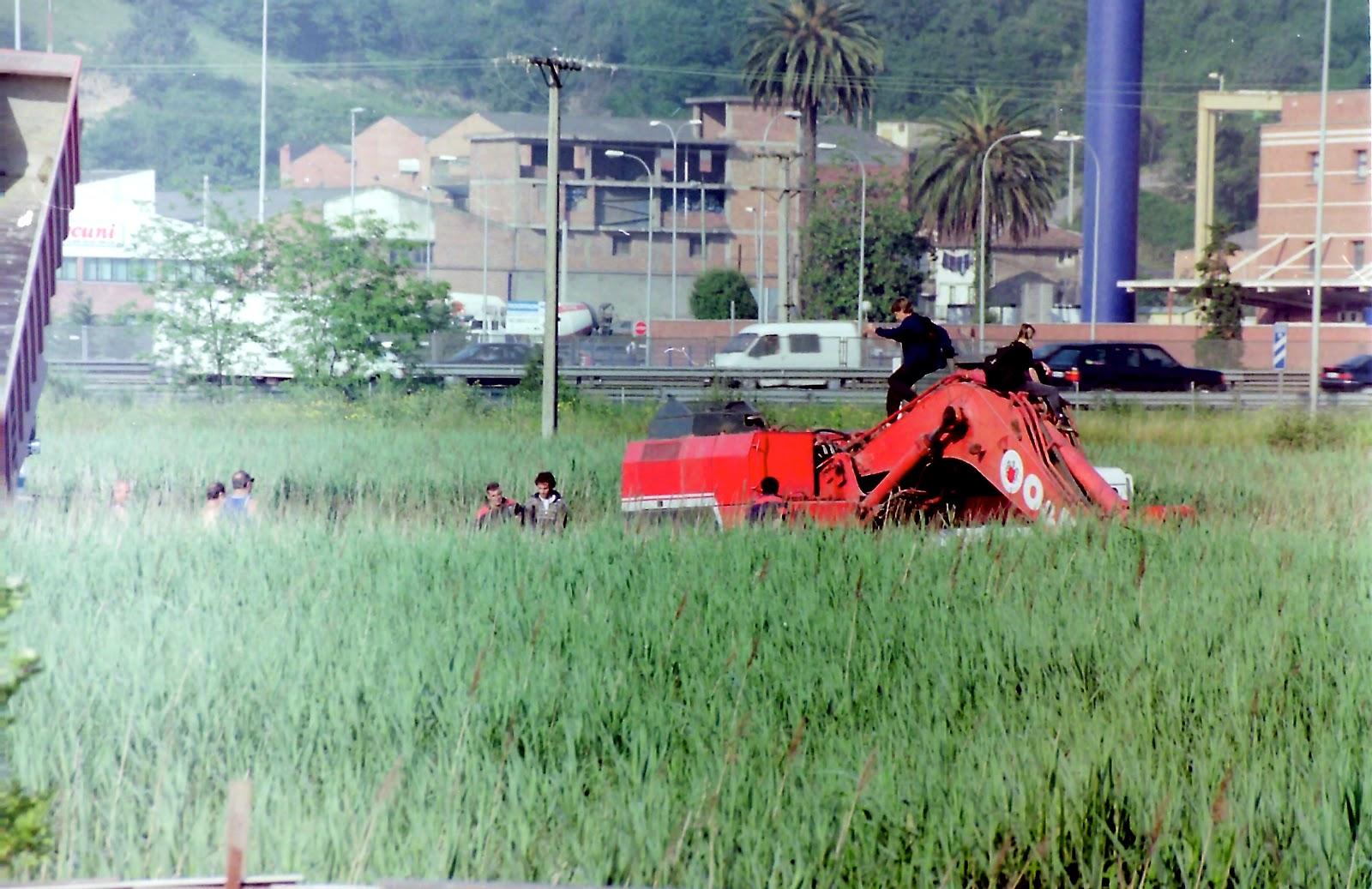 Protesta ecologista cuando el Ayuntamiento rellenó con tierra el humedal donde ahora está Megapark