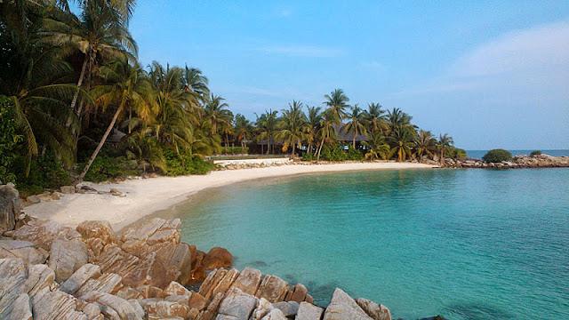 Pulau Tengah Batu Resort