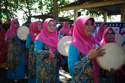 Arakan Ibu Ibu kasidahan Festival Pulau Penyengat 2019