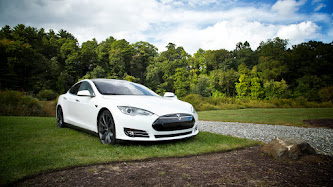 Wallpaper: Tesla S Model