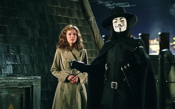 V for Vendetta 2005 - James McTeigue ile ilgili görsel sonucu