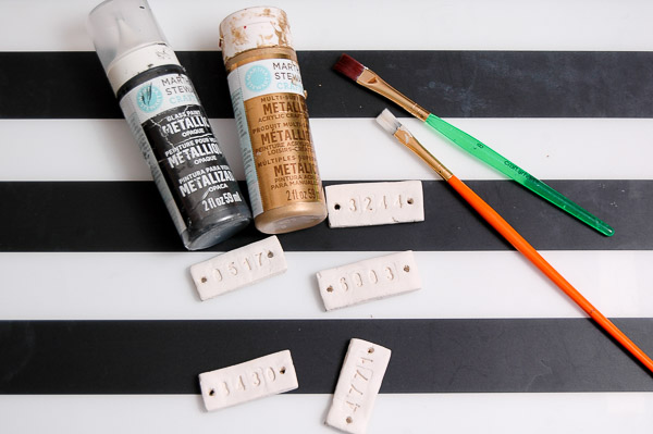 Make inexpensive vintage inspired locker tags using air-dry clay. - Littlehouseoffour.com