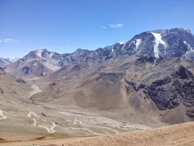 Hacia el parque del Aconcagua desde El Cristo Redentor