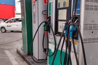 http://vnoticia.com.br/noticia/2817-petrobras-reduz-em-0-49-preco-da-gasolina-nas-refinarias