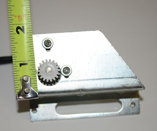 Power Lift Operator Gear by Heng's Part # JRP1024B - Wrong Part classacustoms