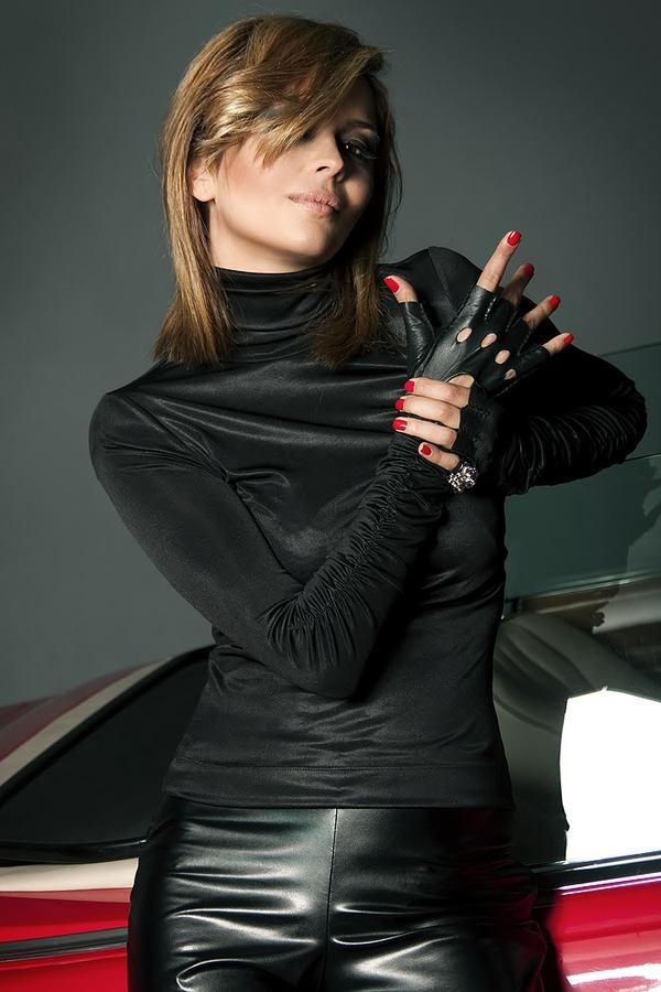 buy release info on large discount Lovely Ladies in Leather: LLL of the Day 170: Hand in glove