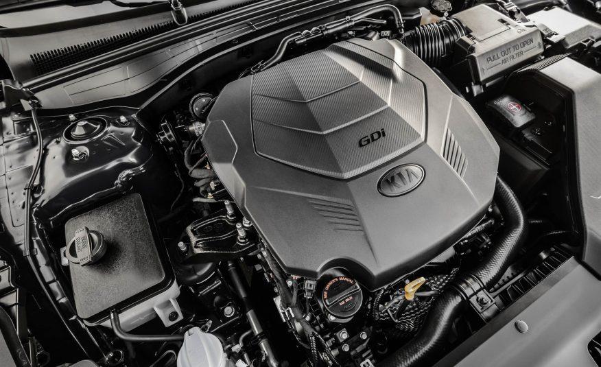 Động cơ của xe được xem là cực mạnh so với mặt bằng chung của xe Hàn