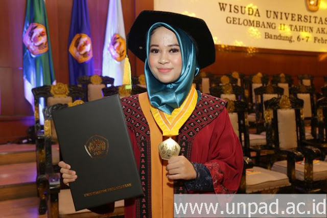 Mahasiswi Unpad Ber-IPK 4 Dipuji Mardani karena Skripsi #2019GantiPresiden