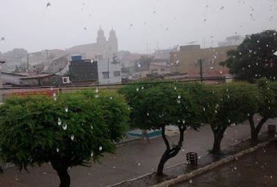 Resultado de imagem para chuva em São Paulo do Potengi