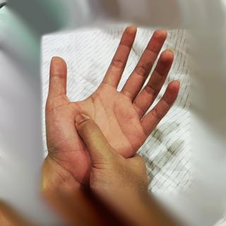 tangan akutekanan