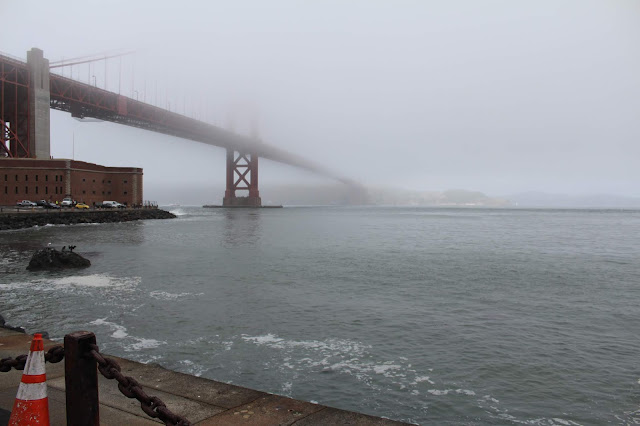 fog city - golden gate bridge