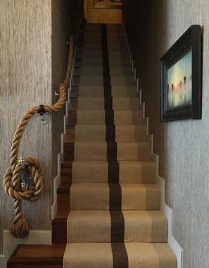 Pegangan tangga (railing tangga) dari tali goni