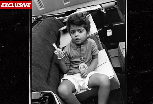 Bruno Mars 'sued by photographer for posting a 1989 childhood snapshot of himself