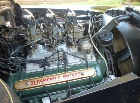 Canciones y coches Motor%2BV8