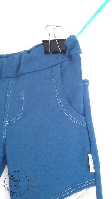rozporek w dresie, pikowany dres, wstawki na kolanach w spodniach dresowych