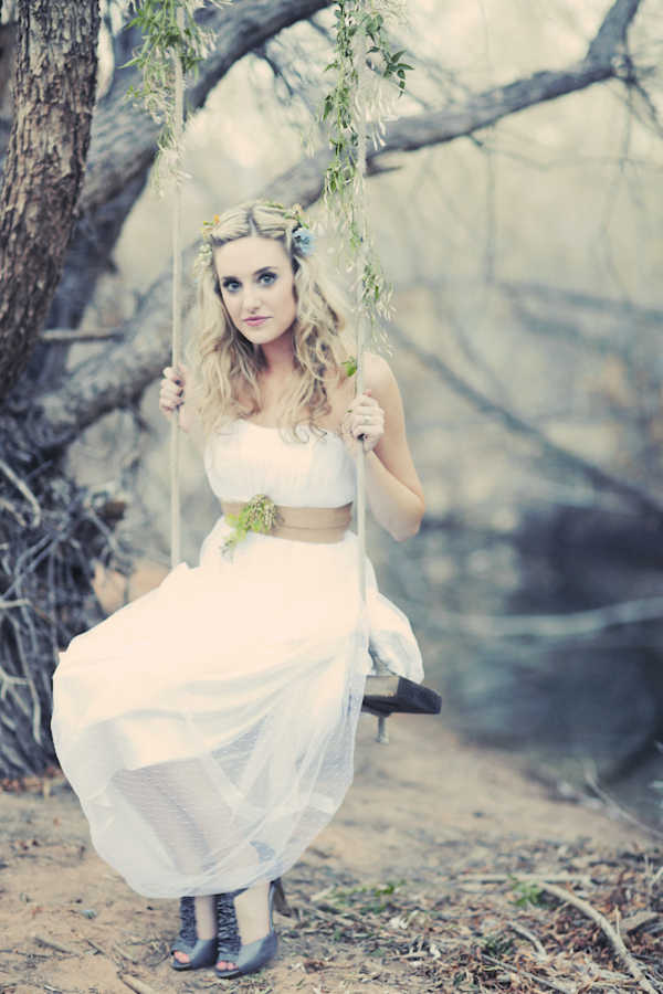 bride+groom+bridal+dress+gown+floral+hair+wreath+rustic+woodland+ecofriendly+eco+friendly+green+emerald+color+of+the+year+pantone+cake+dessert+table+reception+centerpiece+blue+hipster+fall+autumn+gideon+photography+21 - Woodland Fairytale