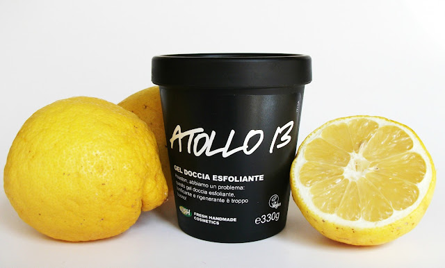Lush, Lush Cosmetics, Rub Rub Rub Italian packaging Atollo 13 review shower scrub lemons