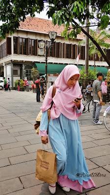 foto rianti store hijab syar'i