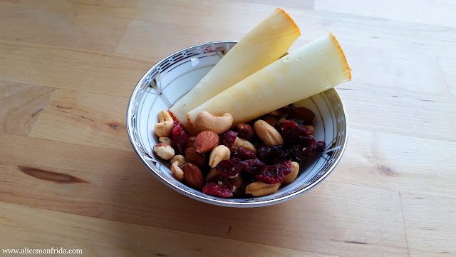 food diary, meal plan, Tasty Tuesday, What I Ate Today, healthy, balanced, diet, eating, snack, nuts, cranberries, Trek Mix, trail mix, cheese
