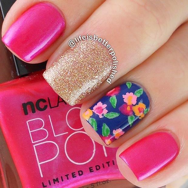 uñas decoradas con flores de colores