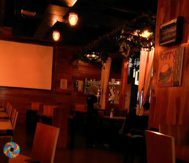 M Cafe & Resto Madiun