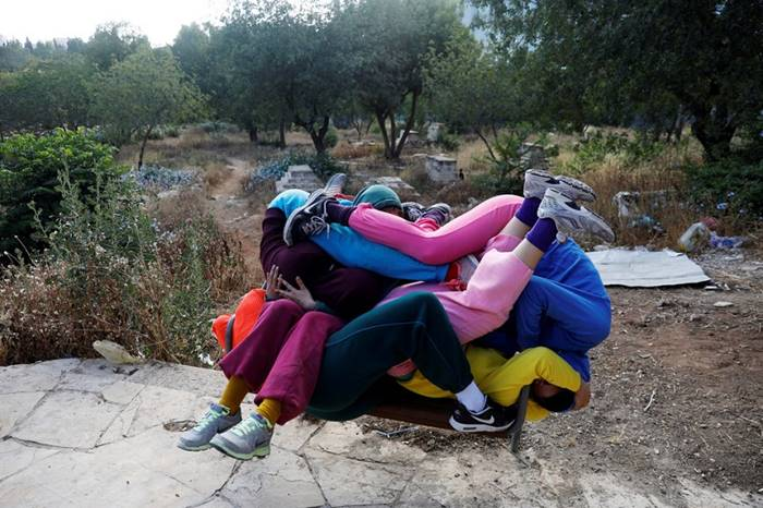 The dancers formed a gigantic knot of human bodies during the festival of arts. Jerusalem, May 31 Posted by: Ronen Zvulun