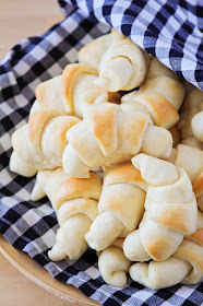 These one hour crescent rolls are so light and fluffy, and so easy to make, too!