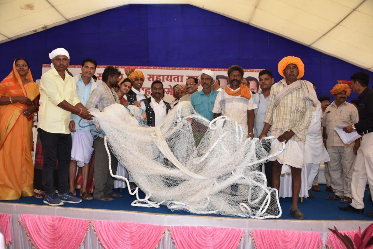 Jhabua News- स्वयं सहायता समूहो के भवन निर्माण के लिए 3 करोड दिये जाएगे - पंचायत मंत्री श्री पटेल