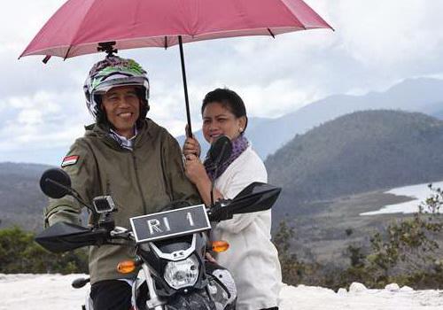 www.Tinuku.com President Joko Widodo, NHK helmets, Kawasaki KLX and GoPro Hero 5 Black
