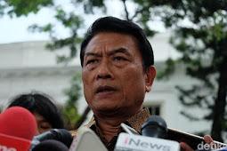 Ngabalin Dulu Timses Prabowo, Moeldoko: Tak Ada Lawan di Politik