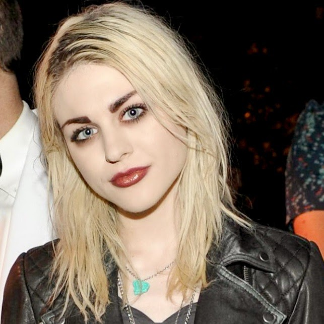 Frances Bean Cobain.