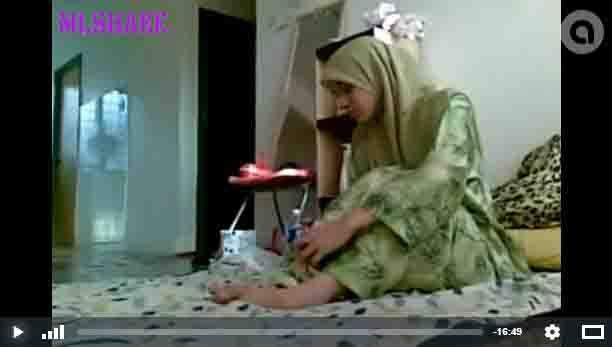 Wow Cew Hijab Main Sambil Nonton Bokep