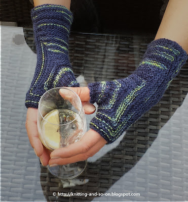 Edgy Fingerless Gloves - Free #knittingpattern by #knitting and so on