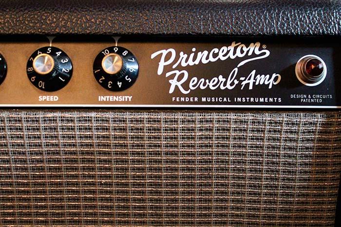 """Amplificador Fender Princeton Reverb propiedad de Julián Franco, utilizado en la grabación del cover de """"How Soon Is Now"""""""