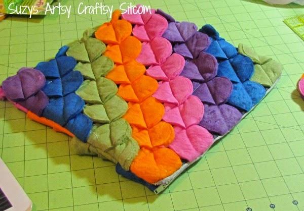 C mo hacer una funda colorida para laptop paso a paso lodijoella - Como hacer fundas de sofa paso a paso ...