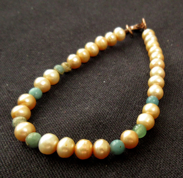 Chemistry sciart jewelry: Avogadro bracelet with freshwater pearls and variscite